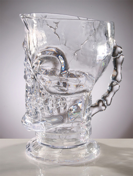 crystal-clear-cracked-skull-pitcher-halloween-party-ideas