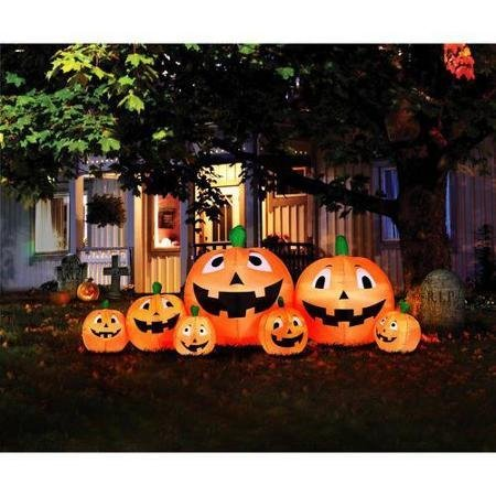 Best halloween inflatable yard decorations for a spooky for Motor for inflatable decoration